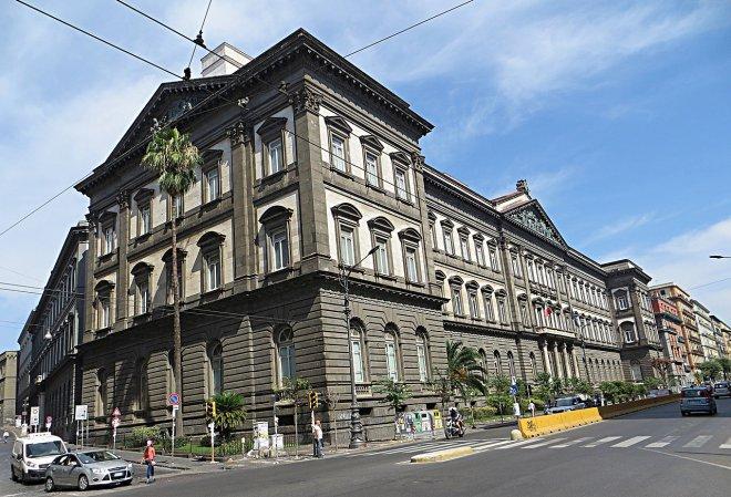 Universita Federico II Napoli (cc foto Wikipedia)