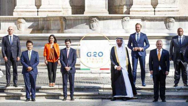 G20 2021, focus su Covid e vaccini - foto di gruppo dei ministri della Sanità