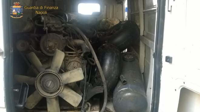 Guardia di Finanza di Napoli. Sequestro rifiuti speciali
