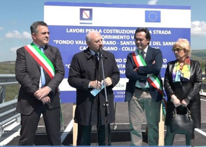 Inaugurazione della Fondo Valle Tammaro. Vincenzo De Luca con il prefetto Paola Galeone Michele Zeoli e Antonio di Maria align=