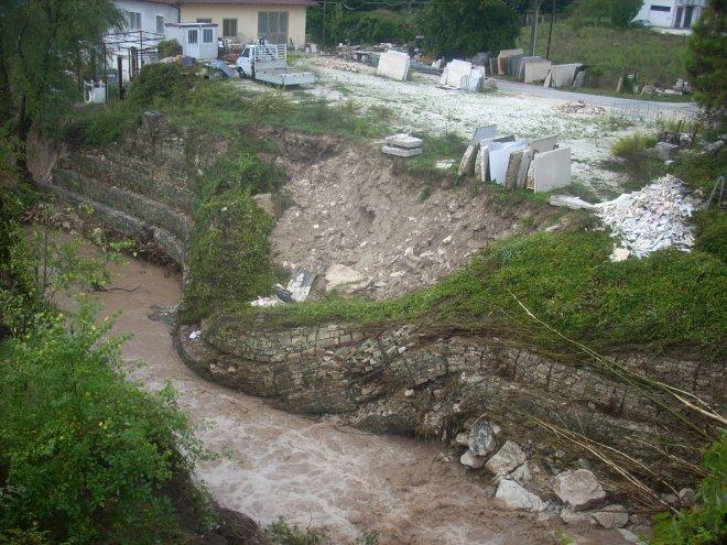 Alluvione a Benevento ottobre 2015. Frana in un torrente a S. Marco dei Cavoti