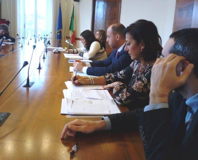 Pronto soccorso S.Agata. La La deputata Angela Ianaro e la consigliera regionale Valeria Ciarambino, del MoVimento 5 Stelle, alla riunione sulla Sanita' al Ministero della Salute