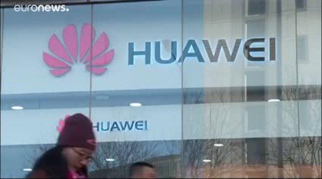 Facebook taglia i ponti con Huawei