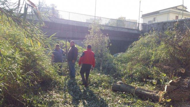 Lavori di pulizia e messa in sicurezza del fiume Sabato