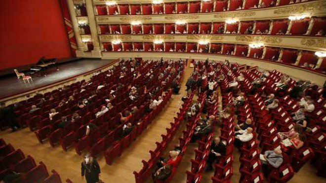 Cultura. La Scala, riapertura al pubblico con 2 concerti destinati alla storia