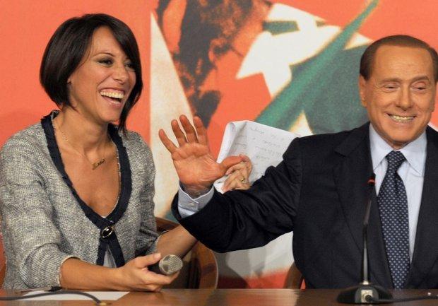 De Girolamo e Berlusconi. Foto: profilo FB De Girolamo