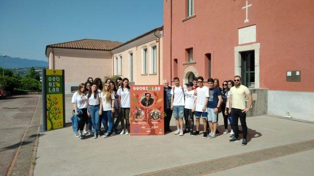 Gli alunni del Fermi in visita al Geobiolab