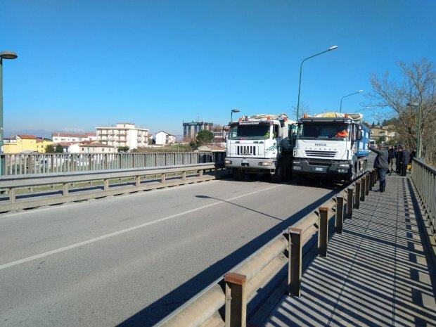 Prove carico Ponte S. Nicola