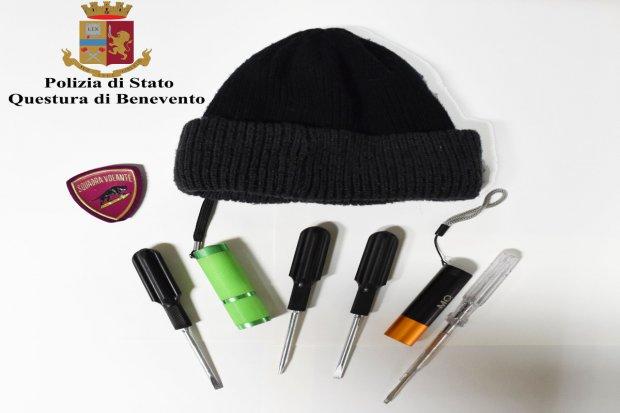 Trovato in possesso di strumenti atti allo scasso: pregiudicato denunciato dalla Polizia