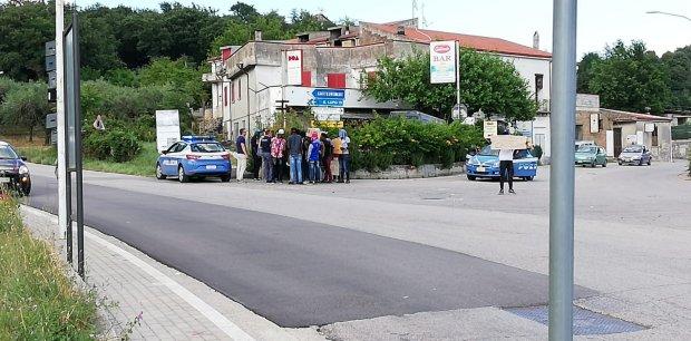 Protesta migranti Telese