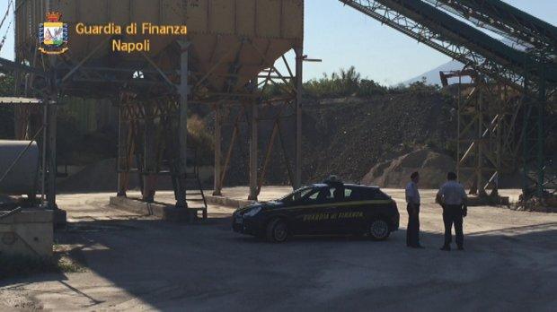 Guardia di Finanza, sequestro impianto illegale di smaltimento rifiuti