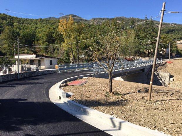 Ponte sul torrente Jenga