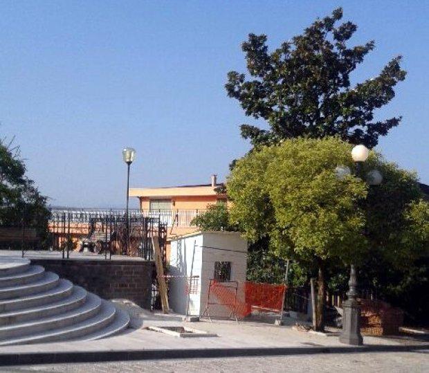 L'opera costruita in Piazza Kennedy a Reino