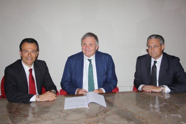 Firma Protocollo Unicredit, Unisannio, Confindustria