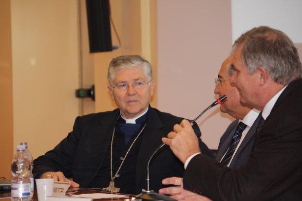 Orazio Francesco Piazza, Vescovo di Sessa Aurunca