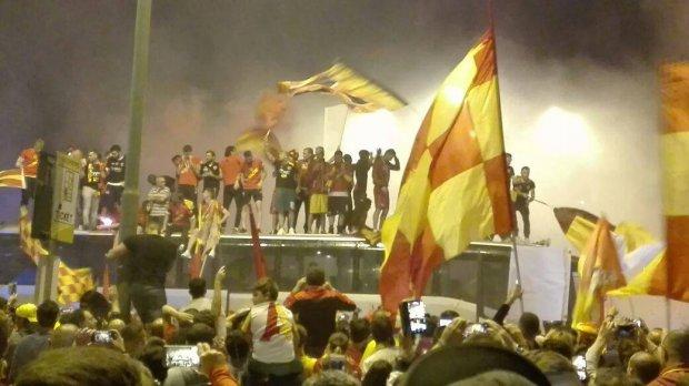 La squadra in piazza Risorgimento
