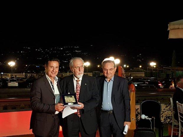 Antonio Ranalli (al centro) con Giuseppe Petito (docente e presidente della Pro Loco Samnium, a sinistra) e il presidente del Consiglio comunale di San Giorgio Sul Sannio, Giuseppe Soricelli.</p>