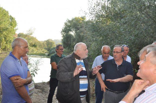 Sopralluogo di Ricci sulle sponde del Calore, accompagnato dal Comitato Quartiere  Pantano - San Vitale