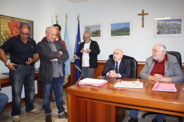 Vicenda Samte, Ricci incontra lavoratori e sindacati
