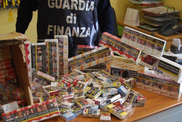 Guardia di Finanza. Sigarette sequestrate