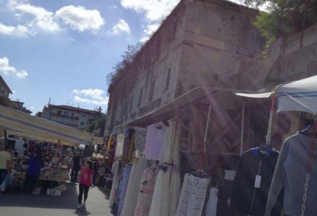 Mercato Piazza Risorgimento