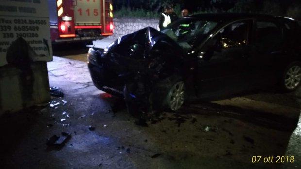 Tragedia lungo la Sannitica. Auto contro muro: muore 31enne