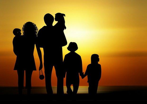 Sostegno economico alle famiglie in difficoltà: chi può presentare la domanda