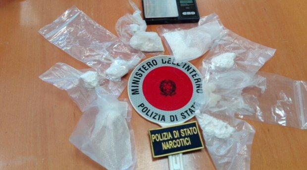 Droga sequestrata Squadra Mobile - foto di repertorio
