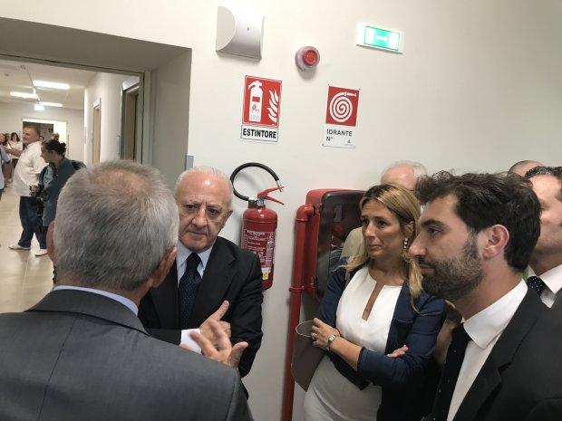 Erasmo Mortaruolo con Chiara Marciani e Vincenzo De Luca