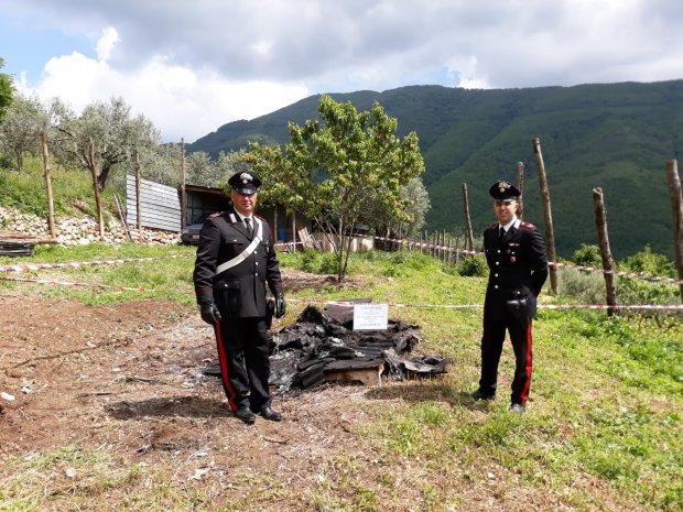 Frasso Telesino. A fuoco lamiere di eternit, responsabile denunciato dai Carabinieri