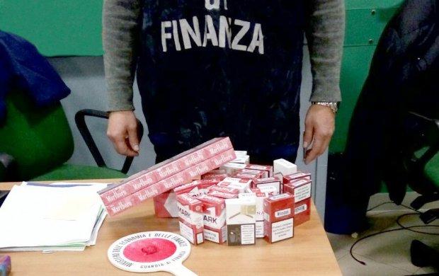 Guardia di Finanza di Salerno. Sigarette di contrabbando sequestrate
