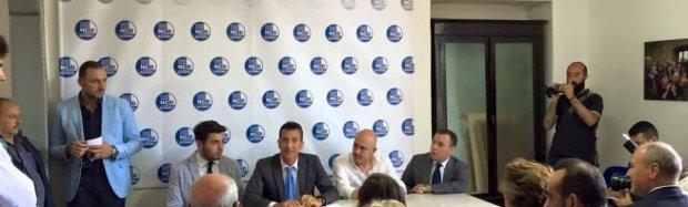 NCD - Il sottosegretario Gioacchino Alfano con Gianvito Bello (foto di archivio)