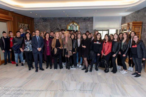 Liceo Guacci di Benevento in visita alla Corte dei Conti