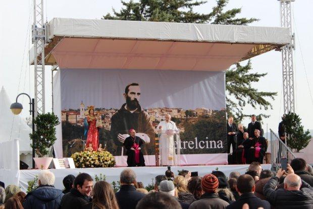 Papa Francesco a Pietrelcina