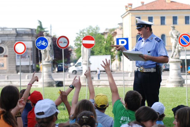 Educazione Stradale. Foto: wikipedia