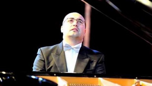 Il pianista Giuseppe Devastato