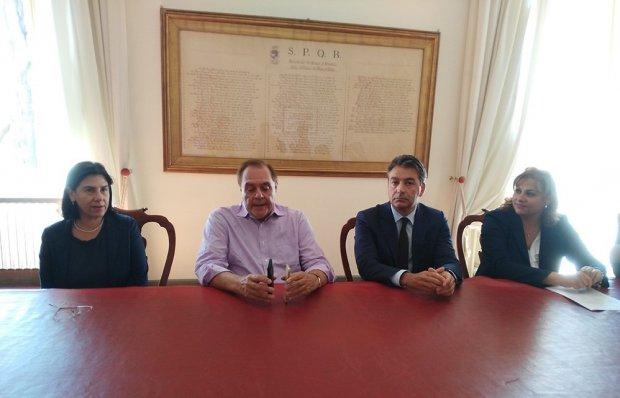 Donato Madaro con il sindaco di Benevento Clemente Mastella