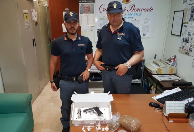 Armi e droga sequestrati dalla Polizia