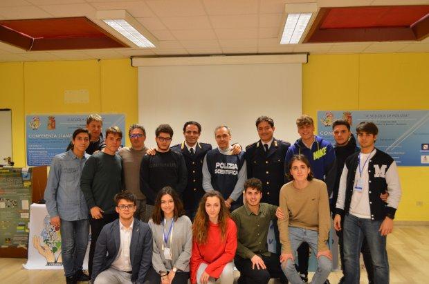 Benevento. Progetto A Scuola di Polizia del Liceo Scientifico Rummo