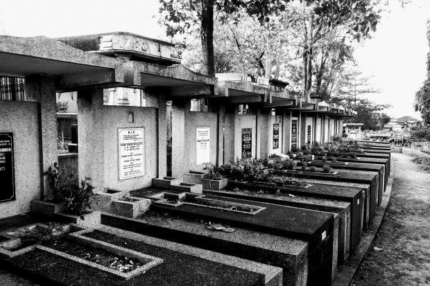 Cimitero (foto di repertorio)