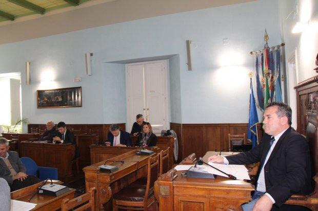 Rocca dei rettori convocato il consiglio provinciale i for Camera dei deputati ordine del giorno