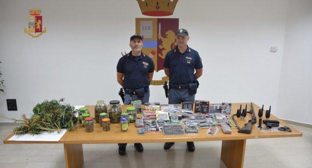 Blitz della Polizia a S. Angelo a Cupolo: arrestati 3 ucraini