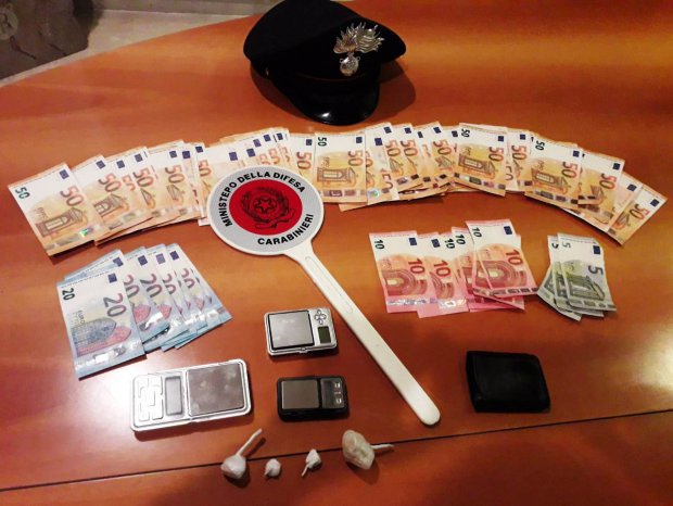 Arresto per droga dei Carabinieri