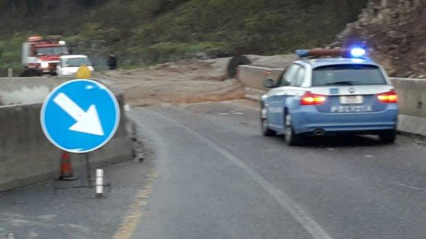 Frana a Torrecuso. Interrotta la strada statale 87 Sannitica