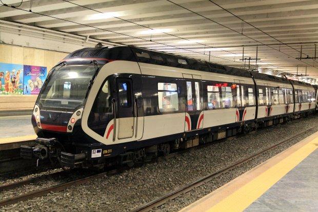 Treno. Napoli Piazza Garibaldi (foto tratta da wikimedia.org)