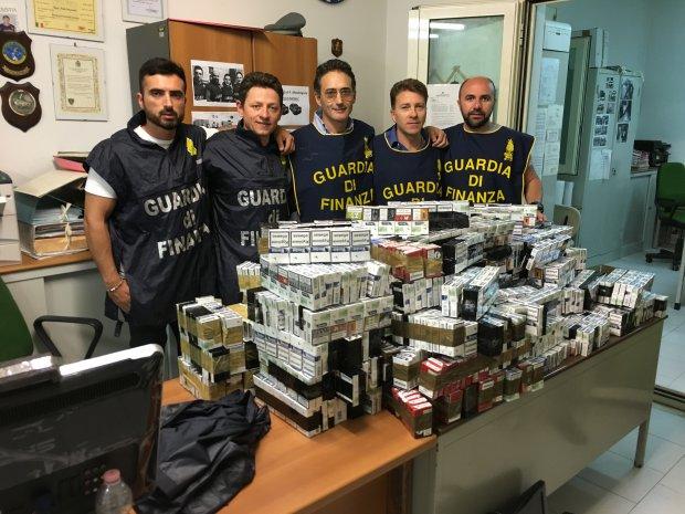 Caserta. Sequestro sigarette di contrabbando da parte della Guardia di Finanza