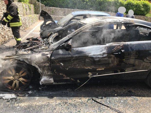 Ufficio In Fiamme : Castelpoto in fiamme auto capo ufficio tecnico. nessuna pista