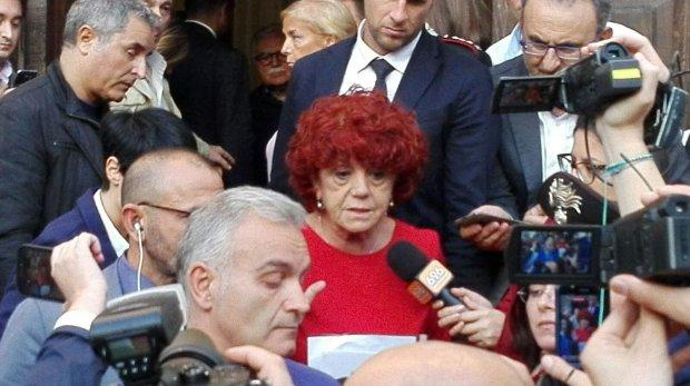 Il CAS e la ministra Fedeli: almeno le abbiamo rovinato la festa
