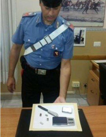 Droga nascosta in camera da letto arrestato 40enne il quaderno - Telecamera nascosta camera da letto ...