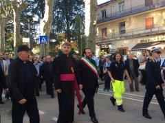 Ingresso a Sant'Agata di mons. Battaglia
